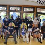 Les joueurs en visite à l'EHPAD Les Coquelicots